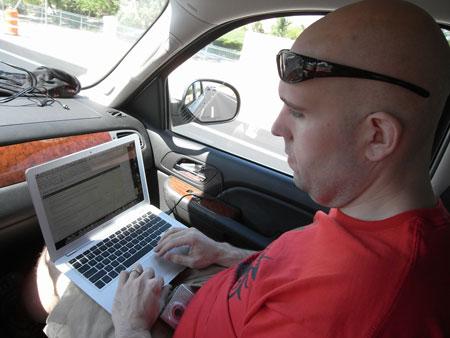 shoemoney laptop